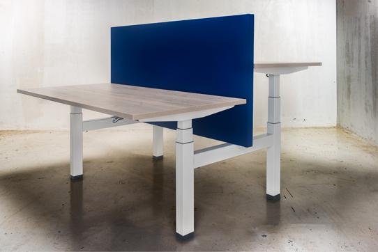 Zit-sta bureaus: een aanwinst voor uw kantoor